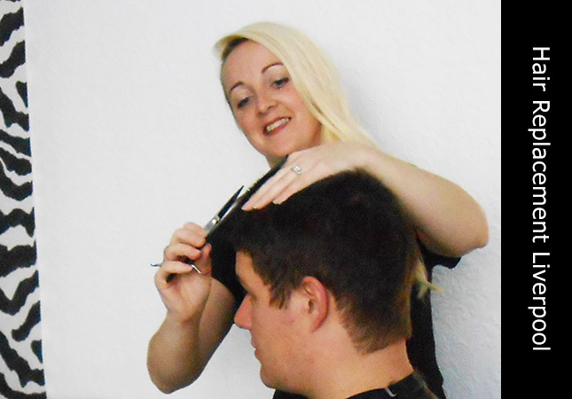 Mobile hair replacement stylist located in Liverpool, UK with hair loss client