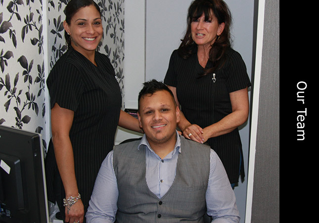 Trichologist staff inside the hair loss clinic