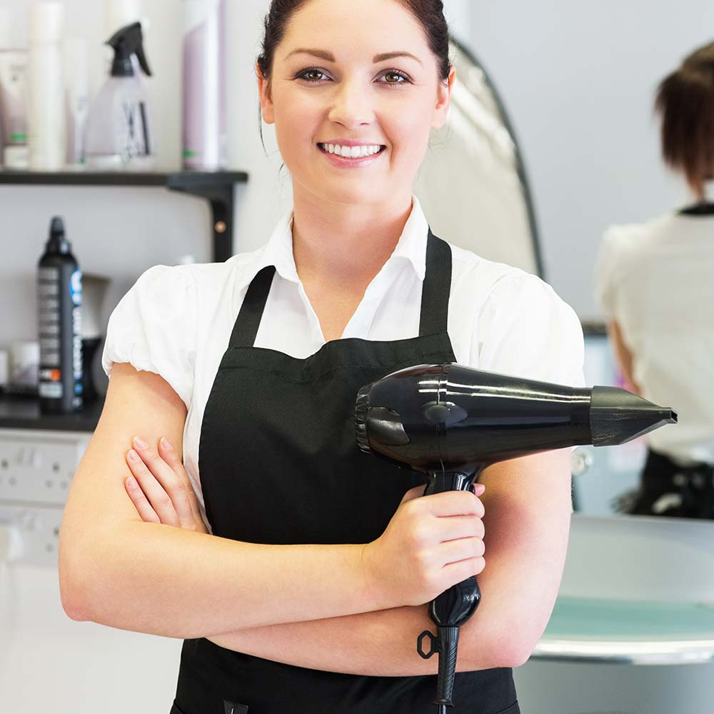 Alex Farr hair growth laser clinician at DHS Invisi Hair clinic in Bedford, Bedfordshire